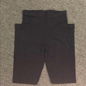 Black American apparel cotton leggings. Size small